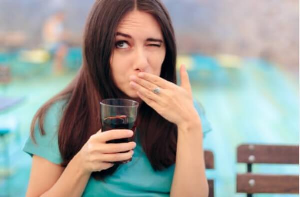 жена, чаша