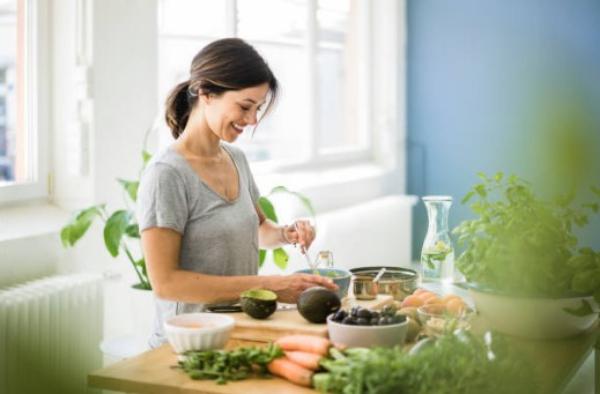 balanced diet, woman