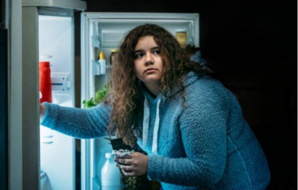 overweight, obesity, woman, fridge